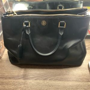 Tory Burch Robinson patent leather double zip bag